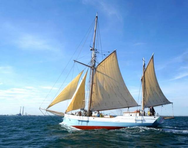 A fair wind from Dunmore East for the historic Limerick ketch Ilen returning (after 21 years) to Dublin Bay.