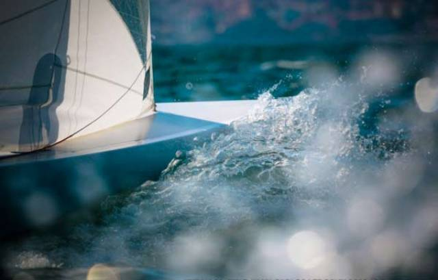 Royal St. George Jaguar Dragon Team Lying 16th in Cascais