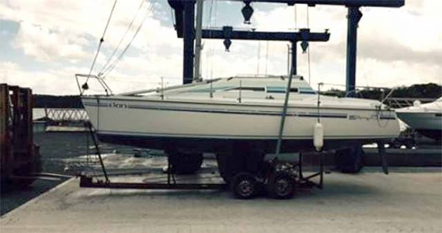 Mg 25 Yacht For Sale From Tony Castro Is Still Ahead Of The Times