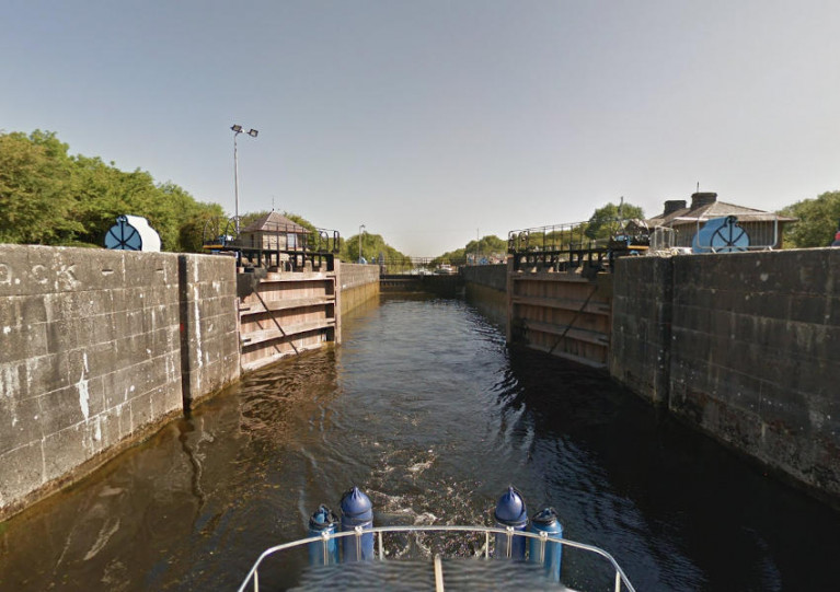Victoria Lock at Meelick is the first lock upstream of Lough Derg