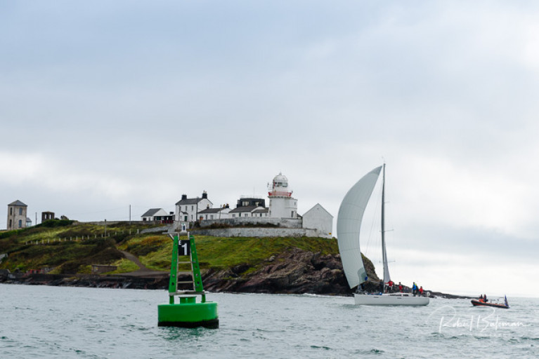 History redeemed….the Royal Cork YC have been denied much of their Tricentennial Celebration during 2020, so it was a very special moment when Denis & Annamarie Murphy's Grand Soleil 40 Nieulargo (RCYC) crossed the line at Roche's Point this (Monday) morning to win the Fastnet 450 Race