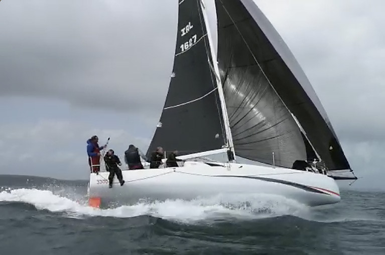 Jeanneau Sunfast 3300 Hits 15-Knots During Round Ireland Training VIDEO!