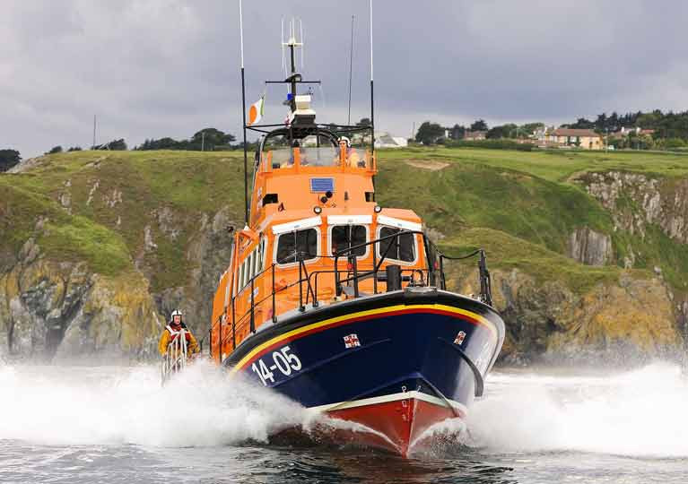 Dun Laoghaire RNLI Rescue Two Kayakers in Difficulty off Dalkey Island