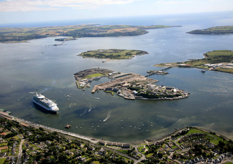 Dredging of shipping channels and berths in Cork Harbour will proceed from Wednesday 19 August to late September