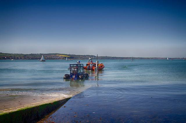 Skerries RNLI recovering their Atlantic 85 inshore lifeboat
