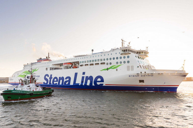 Leadship of the new E-Flexer ropax class AFLOAT adds is Stena Estrid in Dublin Port from where the ferry operates on the Holyhead route as part of keeping Irish & UK supply lines stay open across the Irish Sea. Afloat also adds as for the Ireland-north Wales service is also operated by Stena Adventurer.
