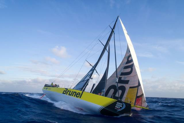 Team Brunel maintain the lead - but the gap to second-placed Dongfeng is only eight nautical miles