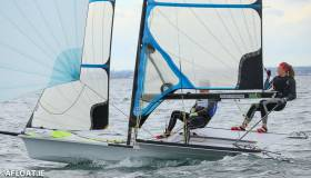 Annalise Murphy sailing her 49erFx dinghy on Dublin Bay