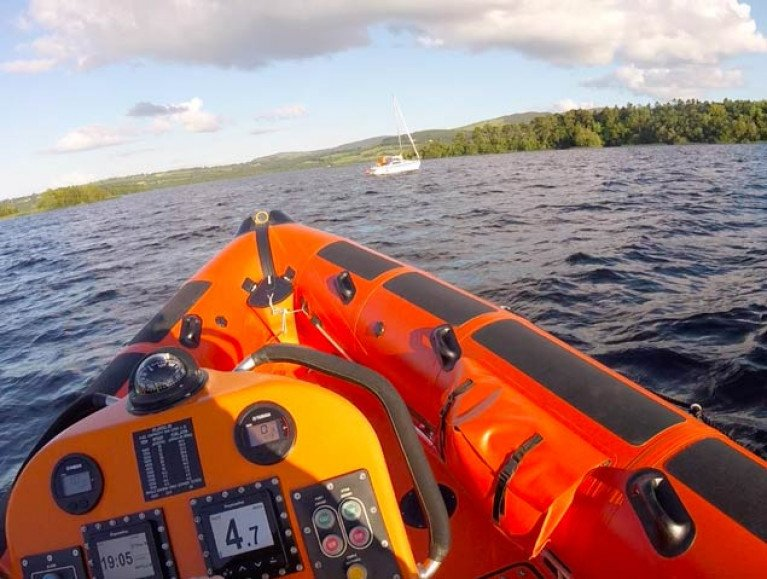 Lough Derg RNLI with the 21-yacht aground