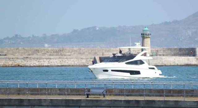 A Sunseeker yacht arrives in Dun Laoghaire Harbour