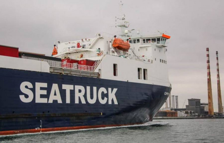 A Seatruck ship arrives into Dublin Port