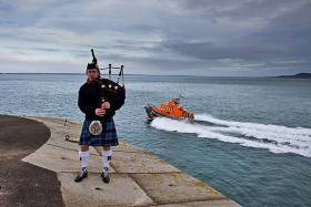Wreath For Caitríona Lucas As Dun Laoghaire RNLI Remembers Lives Lost At Sea In Christmas Eve Ceremony