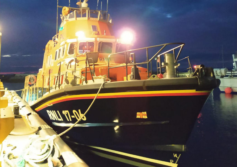 Aran Islands Lifeboat Launches for Medevac from Neighbouring Island