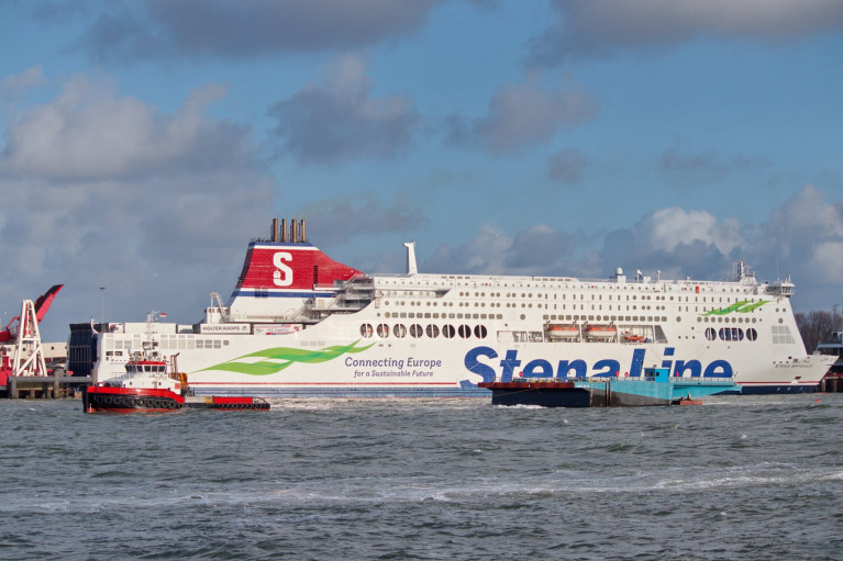Tug Noordstroom and a new linkspan bound for Dublin Port is seen departing the Netherlands when off the Hoek van Holland. Also above is Stena Britannica berthed at a linkspan of the Dutch ferryport which connects Harwich in the UK. Afloat also adds that favourable weather conditions for the Irish bound linkspan permitted a passage time of 6 days as scheduled by the Dublin Port Co. when an arrival took place last month.