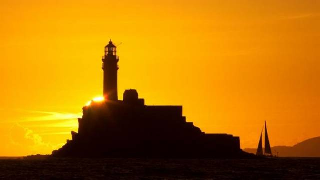The lure of the Fastnet Rock is as big as ever