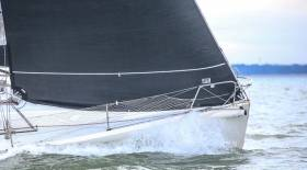 Top performers adjust their standing rigging (shrouds and forestay) for every five knots of wind