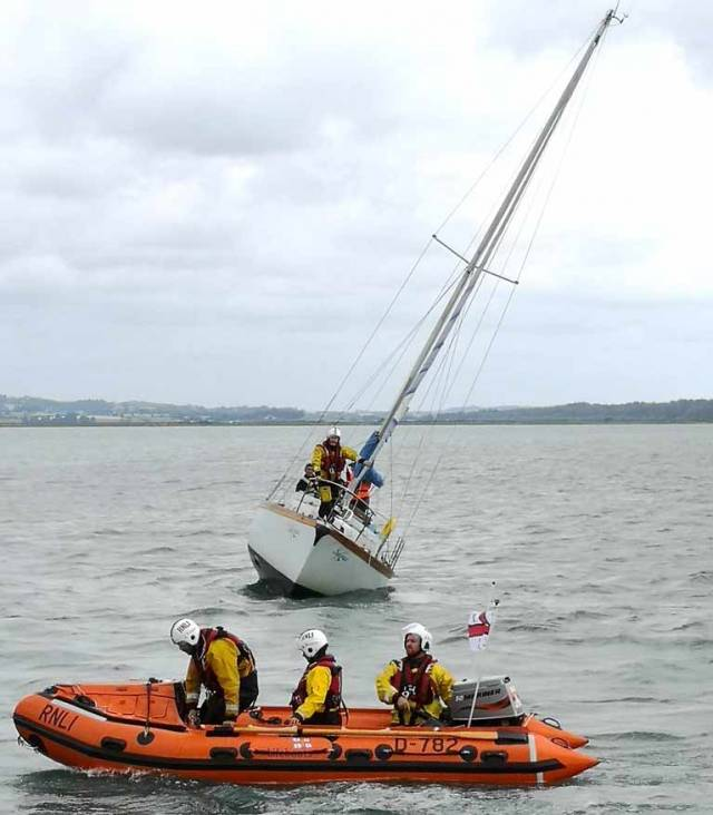 A yacht went aground near the Fort sandbank at the entrance to Wexford Harbour