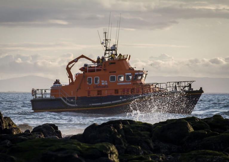 Portrush Lifeboat Runs Aground While Assisting Boat In Stormy Conditions