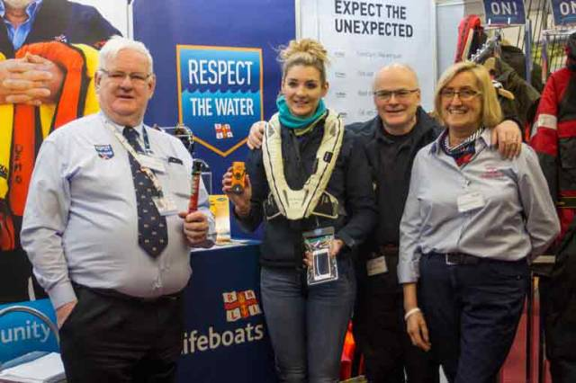 Howth RNLI Community Safety Team Raise Awareness about Water Safety at Angling Exhibition