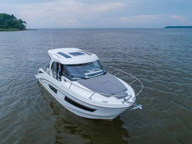 Beneteau Antares 9: A New Breed of Performance Compact Cruiser for Ireland