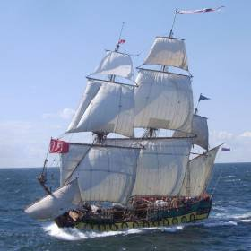 "The Russian frigate ""The Shtandart"" which will sail into Drogheda Port this Summer"