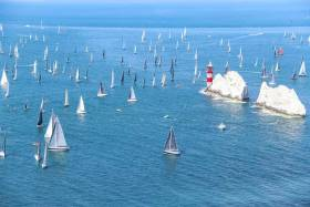 Smallest Boat (an 18-ft Bilge Keeler) Wins 2019 Round the Island Race