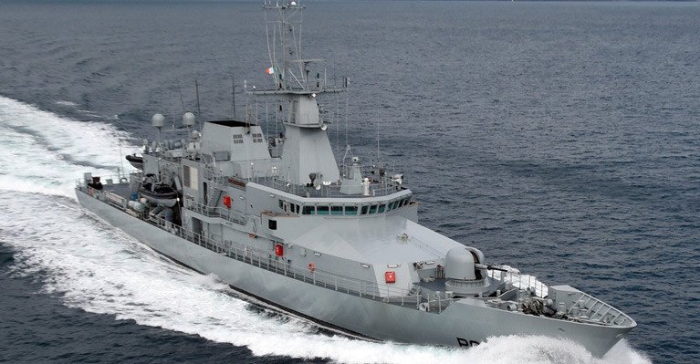 Irish Navy Ship LÉ William Butler Yeats Detains French Fishing Vessel off Great Blasket Island