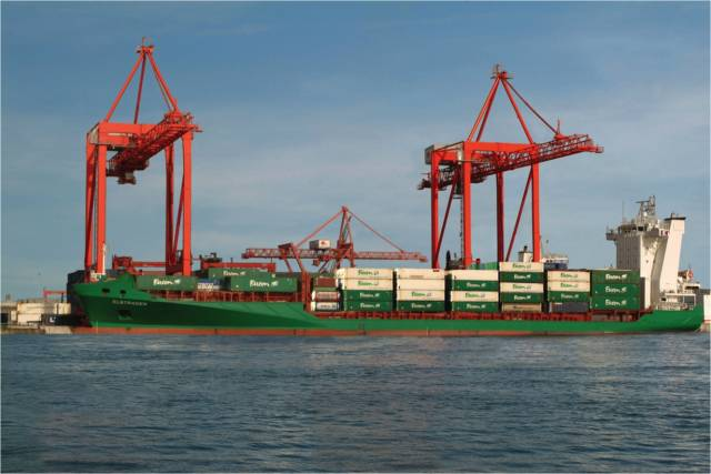 Elbetrader a lo-lo vessel that operates for ICG's container division EUCON, is berthed at the DFT Terminal, Dublin Port