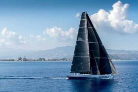 George David's Rambler (USA) exited the Messina Strait just before midday and double-headed reached towards Stromboli in a predominantly easterly wind.