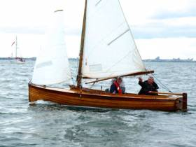 Jonathan O'Rourke's top Mermaid class Tiller Girl from the National YC will be racing the Mermaid Nationals 2016 as part of the Howth Classic One Design Regatta from August 4th to 7th.