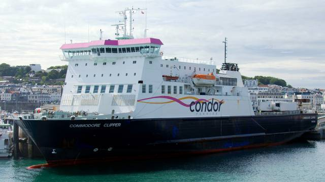 The main Channel Islands ferry Commodore Clipper AFLOAT has indentified berthed in St. Peter Port, Guernsey where owners Condor is based. The ropax is seen above with refrigerated containers which are used to transport potatoes 'Jersey Royals' (see link below) for export to the UK mainland and beyond. The 'Clipper' is a larger version of the Isle of Man Steam Packet's Ben-My-Chree.