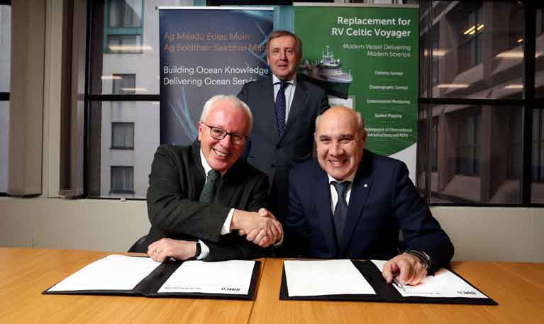Pictured at the contract signing were Dr. Paul Connolly CEO Marine Institute, Minister Michael Creed TD, Department of Agriculture Food and the Marine and Laudelino Alperi Baragaño, Executive Shareholder, Astilleros Armon Vigo S.A
