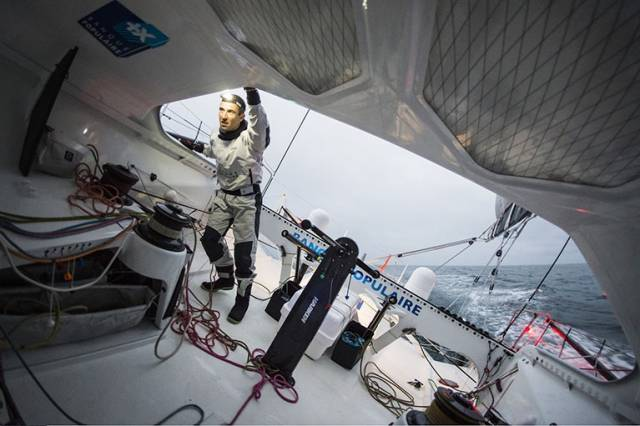 Vendee Globe Leader Le Cléac'h To finish At 3.30pm Today, Thomson 12 Hours Later