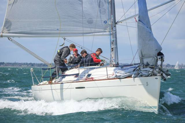 The DBSC Beneteau 31.7 Crazy Horse (F Heath & I Schuster)