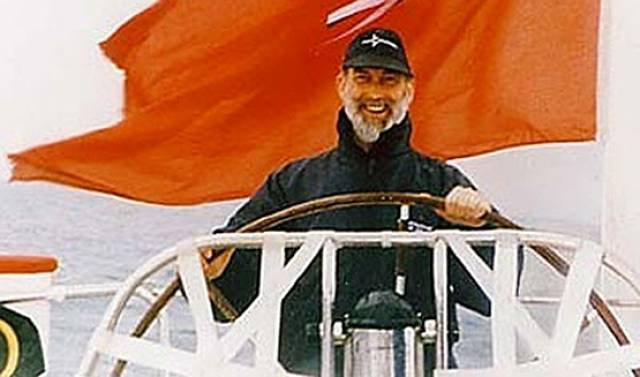 Prince Michael of Kent will start the 2016 Round the Island Race