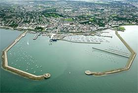 Minster for Transport Shane Ross says Dún Laoghaire Harbour firm facing challenge of marine leisure