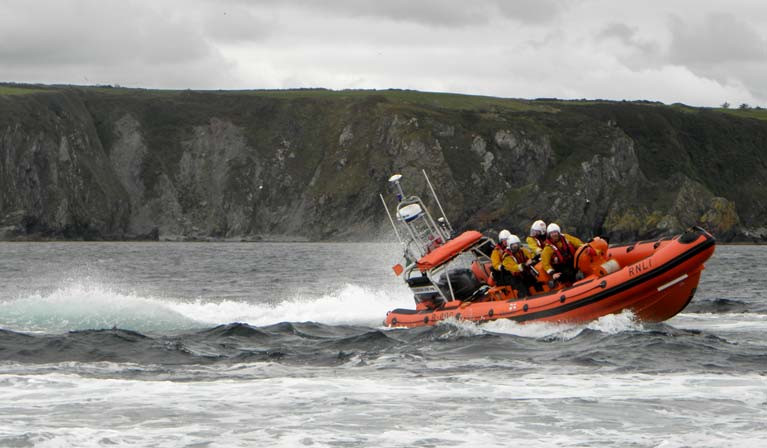 Youghal RNLI Assist Fishing Boat Aground at Ferry Point in Stormy Conditions