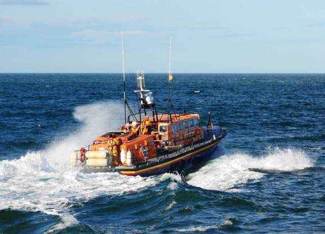 Wicklow's all-weather lifeboat RNLB Annie Blaker launches to assist the yacht with a snapped forestay