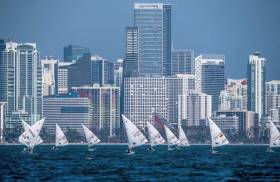 Light winds for the Radial fleet in Miami
