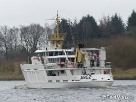During a NATO flotilla visit to Dublin in April, among the callers were HMS Ramsey and a Royal Netherlands minehunter. Another unit of the Dutch navy, an auxiliary trainee ship is to call to the capital this weekend.