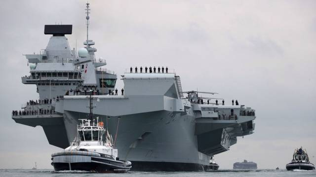 The UK's Royal Navy whose biggest ever ship, HMS Queen Elizabeth (above on the Solent) was built in blocks in six British locations, before being assembled in Rosyth, Scotland. Afloat adds among the yards involved was Babcock Marine's Appledore yard in Bideford, Devon which is currently constructing a fourth OPV90 class for the Irish Naval Service which is to be named LE George Bernard Shaw.