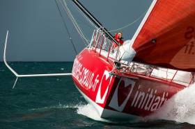 Sam Davies diagnosed a delamination of the bottom of the hull of her 60ft monohull, Initiatives-Cœur