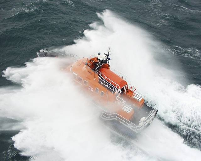 Arranmore RNLI in County Donegal launched in the early hours of this morning