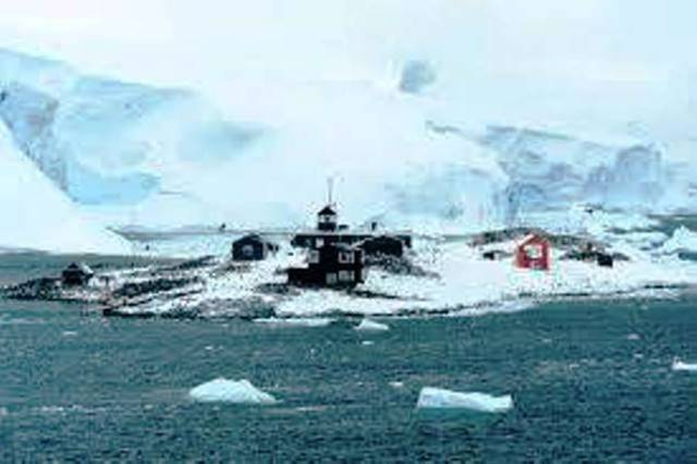 Is Antarctica Safe for Cruise Ships?