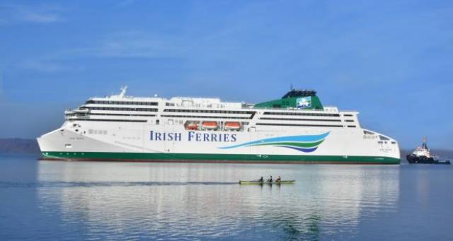 W.B Yeats is heading ever closer to Irish shores during its maiden delivery voyage, though with landfall today, firstly to Rosslare Europort. It is from the Wexford port where Irish Ferries services to France in 2019 remain in doubt which has led to a swift response from the Irish Minister of Tourism given the context of post-Brexit and implications on direct freight links to mainland Europe.
