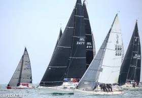 Anthony O'Leary's modified 1720 (left) gets a great start in yesterday afternoon's second race for class two yachts in the ICRA National Championships