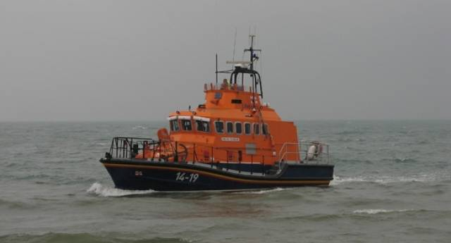 Early Morning Callout For Arklow Lifeboat To Casualty In Water