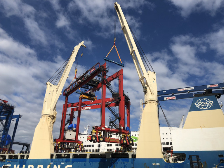 Chinese Heavy-Lift Completes Discharge of RTG Cranes at Dublin Port Now its the turn of Belfast Harbour
