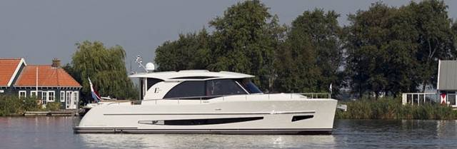 The Boarncruiser 1300 Elegance won the Motorboat Awards 2017 in London.