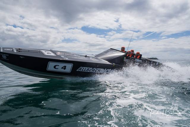 All Black Powerboat Record Run Cork–Fastnet–Cork Aborted in Choppy Seas